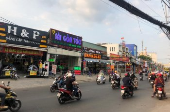 Bán nhà 3 lầu mặt tiền đường 339, Đỗ Xuân Hợp, P. Phước Long B Q9, DT 4*18m=72m2. giá 6,8 tỷ, TL