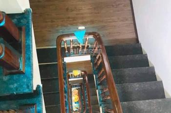 Cần bán nhà mặt phố Thái Thịnh, DT 60m2/ 4 tầng, giá chỉ 20 tỷ