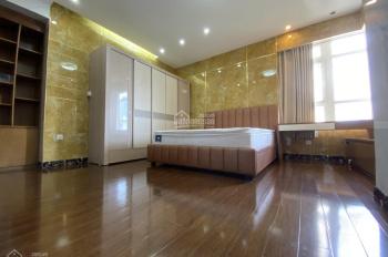 Với 20 triệu/tháng thuê ngay căn hộ 3PN (140m2) Saigon Pearl, nhà đẹp. LH: 0932667931
