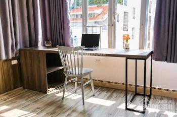 Cho thuê khách sạn Quận Hoàn Kiếm, 420m2 x 7 tầng, gồm 12 phòng khép kín giá thuê 65tr/ tháng