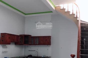 Cần bán gấp nhà 1 trệt 1 lầu, gần bệnh viện Đồng Nai
