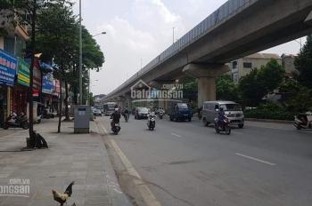 Bán gấp nhà 3 tầng 76m2 mặt đường Nguyễn Trãi đang cho thuê shop quần áo 30tr/tháng. Giá 10.5 tỷ