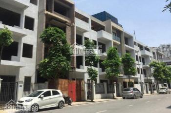 Cho thuê nhà mặt phố Bùi Thị Xuân, DT 70m2, xây 3 tầng, 6 phòng tiện nghi đủ