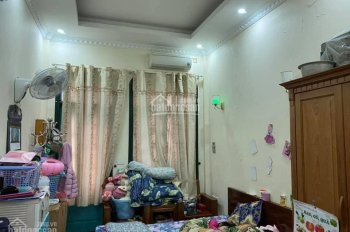Bán nhà Nguyễn Văn Trỗi 40m2, 5T, giá 4.5 tỷ, nhà đẹp - ở ngay - ô tô đỗ cửa. LH 0902019196