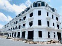 Hot tháng 8 - Chỉ với 900tr nhận nhà 4 tầng - Đường 6m, vỉa hè 3m. LH: 0913826389