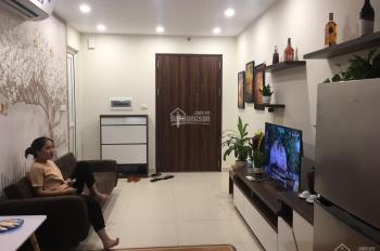 Cho thuê căn hộ chung cư FLC 18 Phạm Hùng, DT 50m2, 2PN, full NT, giá thuê: 10tr LH: 0981220393