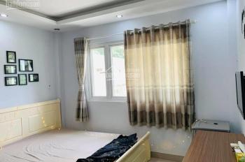 Cho thuê phòng trọ quận 1 giá rẻ tại trung tâm sạch sẽ, yên tĩnh. LH: 0989604920 5tr/tháng bao hết