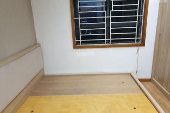Chính chủ bán căn hộ chung cư VP5 Linh Đàm 58m2, đã có sổ, đầy đủ nội thất