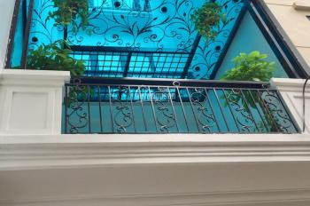 Bán nhà phố 8/3 ô tô vào nhà, cầu thang máy, 80m2, đường ô tô tải