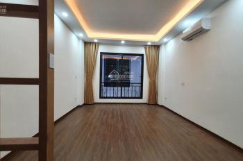 Bán nhà Vũ Tông Phan, 35m2, MT 4.1m, 5 tầng, ngõ thông, 3,2 tỷ