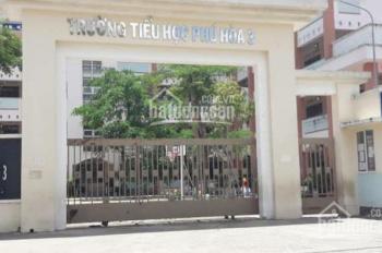 Bán gấp đất trên đường Nguyễn Thị Minh Khai, đối diện trường Phú Hòa 3, giá 1.3tỷ/90m2, 0969584443