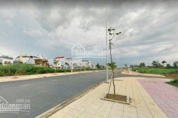 Gia đình tôi bán lô đất 100m2 (5x20m) giá 720 triệu KDC Hồng Quang 13A, Bình Chánh, LH: 0931512316