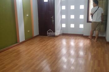 Cho thuê nhà mặt phố Trần Đăng Ninh, Cầu Giấy, Hà Nội. DT 70m2 x 5T, MT 4m, giá 35 tr/th