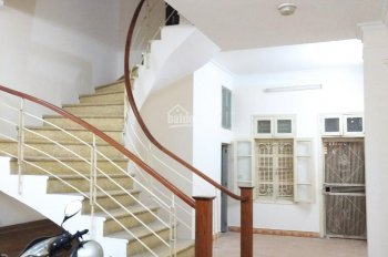 Cho thuê nhà đẹp sơn mới 2 mặt tiền KV Nguyễn Xiển, Thanh Xuân, 50m2*5 tầng, giá 20tr/th 0987497878