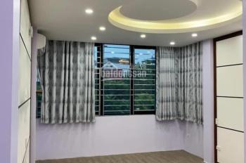 Bán nhà phố Nguyễn Trãi, Thanh Xuân, 4.5 tầng 72m2 giá 7 tỷ ô tô vào nhà để ở hoạc làm VP rất đẹp