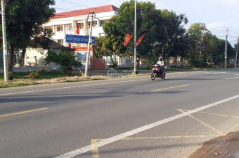 Bán nhà mặt tiền Quốc Lộ 20 tại xã La Ngà, Định Quán, Đồng Nai