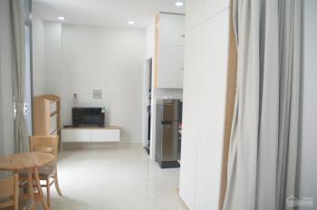 Cho thuê căn hộ dịch vụ 1PN trung tâm Tân Bình, cách sân bay Tân Sơn Nhất 500m. Giá chỉ từ 8 - 9tr