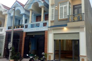 Chỉ 800 triệu sở hữu nhà 1 lầu gần chợ Tân Phước Khánh mặt tiền 8m, sổ hồng riêng thổ cư