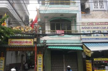 Nhà nguyên căn hẻm Vip 134/ Thành Thái, quận 10 giảm giá mùa dịch. LH: 0903126728