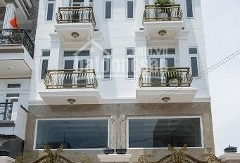 Cần bán gấp 2 căn nhà như hình - sổ hoàn công riêng từng căn ngay trung tâm TP Thuận An