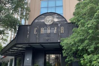 Cho thuê toà nhà lô góc 3 mặt tiền MP Trung Hoà - Vũ Phạm Hàm, DT 250m2 * 5 tầng + 1 hầm, 180 tr/th