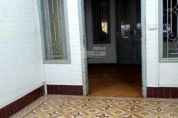 Cần cho thuê nhà mặt phố Nguyễn Trãi, tiện làm văn phòng, cửa hàng