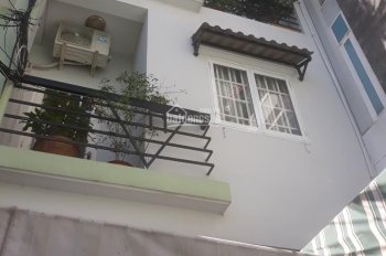 Thuê nhà nguyên căn Q7 Lê Văn Lương - Phía ngay  sau Lotte Mart