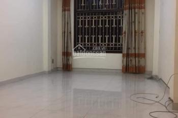 Cần bán nhà mặt phố Lê Hồng Phong, Ba Đình 52m2, 4T, 16tỷ.