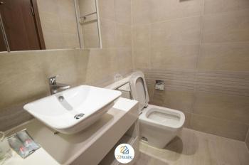 Cho thuê căn hộ cao cấp 2 và 3 phòng ngủ, đã full đồ tại CC Golden Palace - Mễ Trì, LH 0818111135