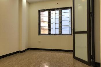 Bán nhà nhỉnh 2 tỷ ngõ 162 Tôn Đức Thắng, Cát Linh 5 tầng mới cứng, 3PN thoáng, đẹp, tiện nghi