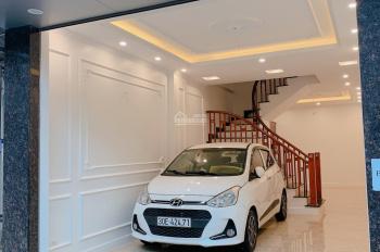 Nhà riêng cực đẹp phố Bồ Đề 51.8m2 4.5 T ô tô vào nhà, ngõ thông gần hồ gần đường 40m giá 4.8 tỷ