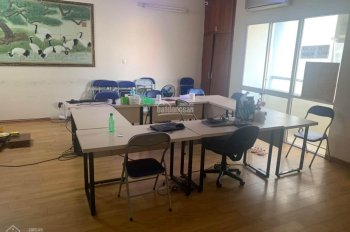 Cho thuê căn hộ chung cư 139 Cầu Giấy 120m2, 3PN nội thất cơ bản. Phù hợp làm văn phòng