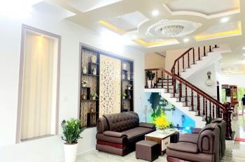Chính chủ bán gấp nhà 1 trệt 1 lầu, khu dân cư đông đúc, SHR, LH: 0777867797 - gặp Thảo