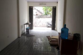 Tôi cần bán nhà cấp 4 Lai Xá 52m2, gần hồ Lai Xá, giá 34 triệu/m2