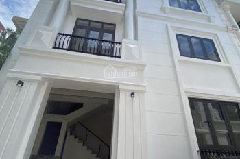 Cho thuê nhà Tô Hiệu Hà Đông, DT 85m2 * 3 tầng, nhà mới đẹp giá 19tr/th, LH 0976995444