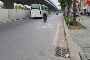 Quá rẻ, bán đất mặt phố Phạm Văn Đồng, 140m2, MT 7m, giá 21.8 tỷ, LH: 0848502888