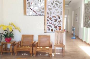 Bán nhà 1 trệt 1 lầu mặt tiền Nguyễn Thị Minh Khai, phường 8, DT 120m2, giá rẻ 9.9 tỷ