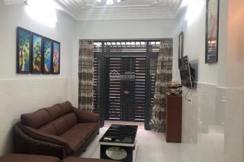 Cần vốn kinh doanh, bán căn nhà đường Ngô Mây thuận lợi di chuyên, cho thuê. LH: 0907865679