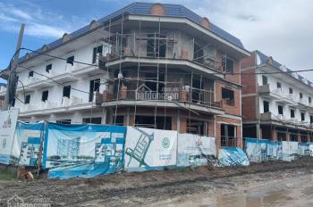 Nhà phố 1 trệt 2 lầu, giao hoàn thiện, mặt tiền TL 884, xã Sơn Đông, TP Bến Tre