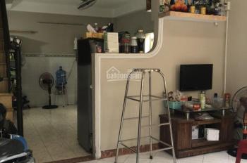 Cho thuê nhà nguyên căn quận Phú Nhuận giá 10tr/tháng. Liên hệ: 0914973479