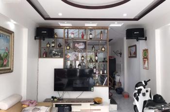 Chị gái gửi bán 3 tầng giá rẻ giật mình, gần chợ Lũng Hoa, Hải An để lại full đồ nội thất đẹp