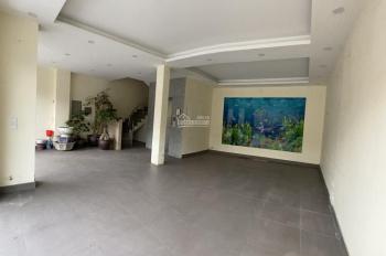 Cho thuê toà nhà building mặt đường Bưởi, Ba Đình 70m2x6T có thang máy tiện làm showroom, spa, VP