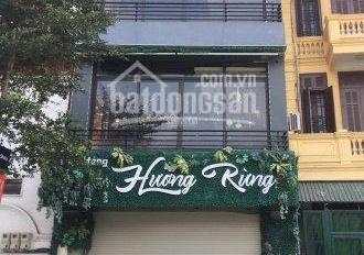 Nhà mới mặt phố Nguyễn Văn Huyên 40m2 x 5 tầng, mặt tiền 5m, vỉa hè rộng