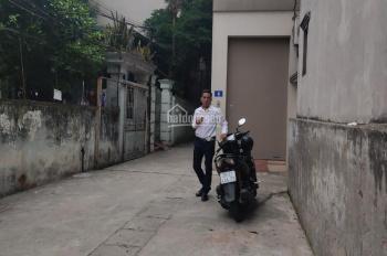Chính chủ bán đất Thạch Bàn (5x12m), ngõ ô tô 7 chỗ, giá mùa covid, LH: 090 213 2489