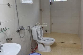 Cho thuê nhà riêng phố Xuân La, 3 tầng, DT 80m2, giá 8tr/ tháng