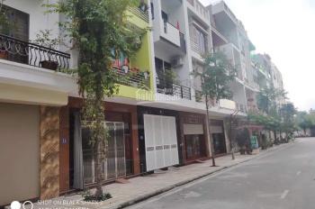 Bán nhà phố Huỳnh Thúc Kháng - kinh doanh đỉnh - oto tránh vỉ hè rộng - 35m2 - 3.1 tỷ