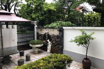 Cho thuê Biệt thự siêu đẹp tại BT04 KĐT Việt Hưng, Long Biên, S: 220m2 giá: 30tr/tháng. 0971902576