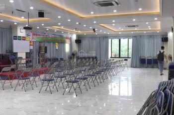 Chính chủ cho thuê văn phòng tầng 8 trong tòa văn phòng 9 tầng tại Nguyễn Hoàng - DT 230m2