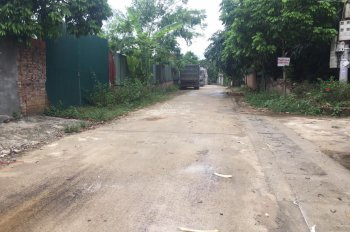 Bán lô đất - Vuông như kẻ chỉ - Đường rộng thông - Cạnh trường chuyên mới của tỉnh 0987052592