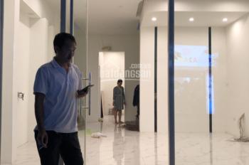 GĐ cho thuê nhà riêng cực đẹp 80m2 * 4T, MT 6m tại mặt phố Hoàng Quốc Việt giá rẻ. LH 0966860461